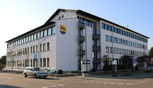 Rathaus Stutensee im Stadtteil Blankenloch